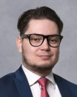 JUDr. et PhDr. mult. Libor Klimek, PhD.